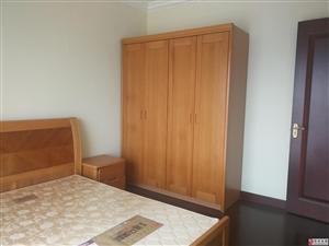 恒大名都3室2厅2卫2200元/月