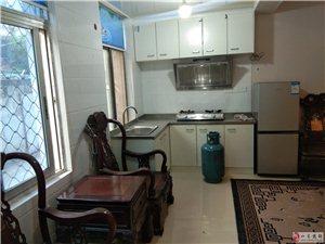 青园小区新装3室1厅1卫1500元/月,一楼有院子