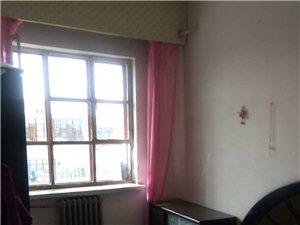 同乐小区1室1厅1卫750元/月