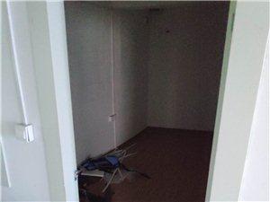 金火中学旁写字楼出3室2厅1卫2000元/月