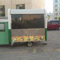 本人有一辆三轮烧烤车八成新低价出售