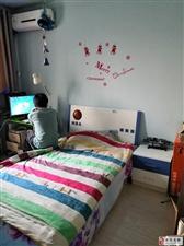 福苑里2楼3室精装院内是实验小学紧挨假山临潮湖