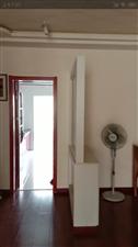 众凯洋房3楼180平米4室2厅精装修老本可贷款