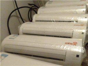 出售二手空调,移机维修加氟清洗维护等