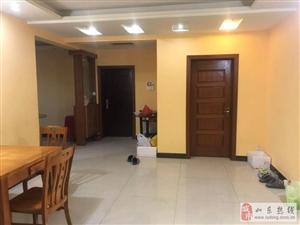 中央广场3室2厅2卫108万元