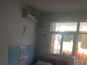 圣水花园西苑1居室,家具齐全,带空调900元/月