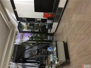 学区房精装复式3室2厅2卫+家庭影3500元/月