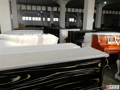 郑州二手钢琴仓库,钢琴城出售珠江钢琴,海伦,星海