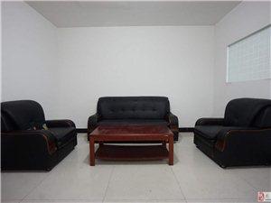 曙光中路3室1厅1卫700元/月