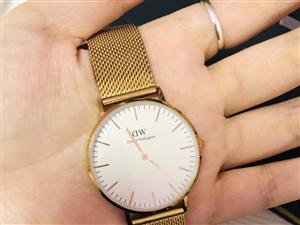 �I了4��月的Dw手表出售