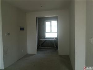 东方骏景3室2厅1卫73万元