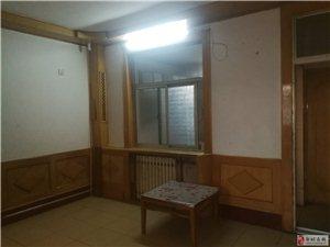 啤酒厂家属院2室1厅1卫800元/月
