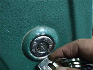 盐亭换锁芯修锁电话