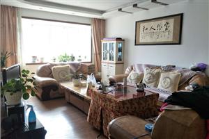 人行家属房精装修大户型带全套家具家电诚心出售