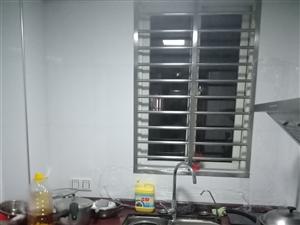 三远江滨花园6号楼3室2厅2卫129万元