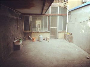 1448化肥厂2室1厅1卫1000元/月