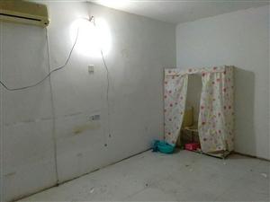 棉?#26576;?#19968;室一厨一卫空调房出租