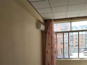 1439城张建材城3室2厅1卫1083元/月