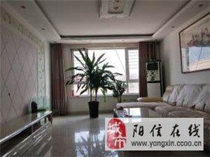 一�����^,南香坊三居室精�b家具��R全1250元/月