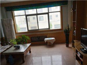 2079陈户政府小区3室2厅2卫45万元