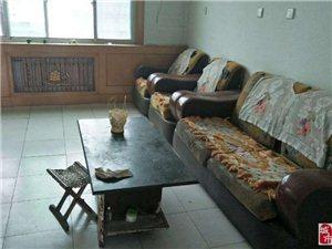 1455莲源花园2室1厅1卫700元/月