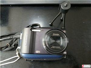 出售九成新相機