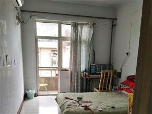 家属院2室1厅1卫450元/月