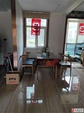 高档小区,一楼三室精装,带1654平地下室,可做阳光房