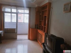 兴盛里学区房两室偏单5楼不顶68平1400/月