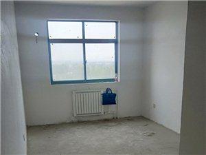低�r出售南�R社�^3室2�d1�l148平43�f元