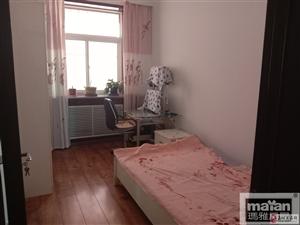 青禾苑3室2厅1卫1800元/月
