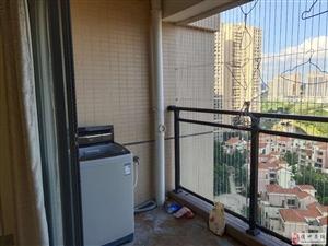 水榭丹堤2室2厅1卫1800元/月拎包入住