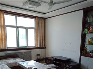 老家具厂3室2厅1卫76万元