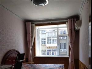康复医院家属楼3室2厅1卫精装2楼52万元