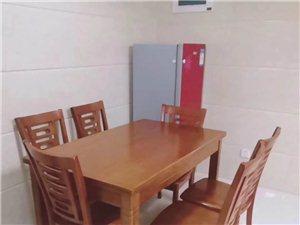 永隆国际城80平方精装两房月租2500元