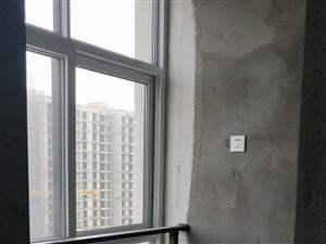 鳳凰城高層一手房3室 2廳 2衛49萬元