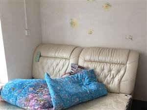 洗衣機+冰箱+1.8m雙人彈簧床+書桌+送一把電腦椅