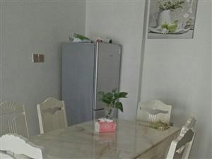 京艺源一房一厅1500元/月拎包入住