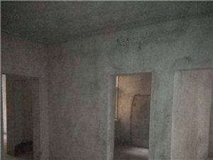 吳鋪鳳凰小區3室2廳2衛13萬元