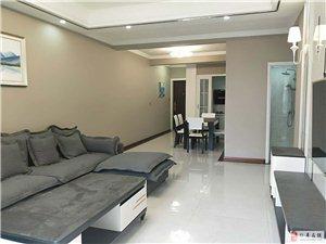 皇家名邸3室2厅2卫88万元繁华地段大型小区