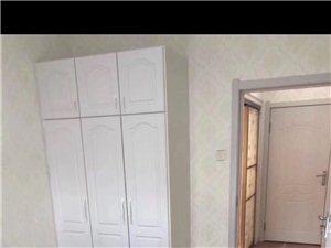 1室1厅1卫1000元/月