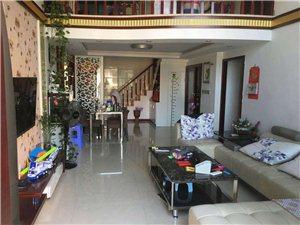 时代广场3室2厅2卫168万元