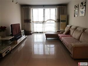 春晖北里3楼110平两室通厅精装1900齐全拎包入住