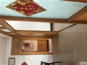 三洋小区3室2厅1卫68万元