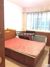 东盛山庄3室2厅1卫1400元/月家具家电齐