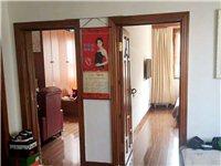 国土小区北楼,与锦绣商城同院黄金3楼出售