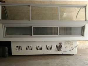低�r出售冰柜、展示柜、�霾斯竦�