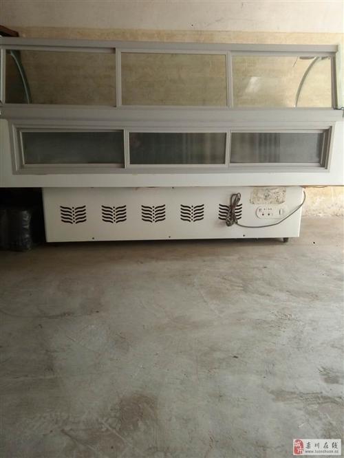 低价出售冰柜、展示柜、凉菜柜等