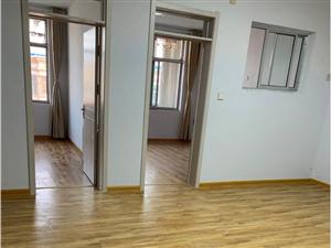 北门组团南邻单位房5楼80平带储藏室