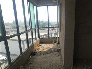 出售胡�f新民居70�f元 140�O�к�位,大平米地下室。付全款